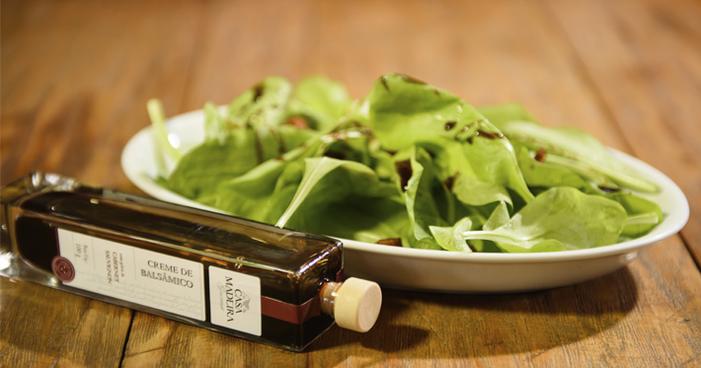 Creme balsâmico: entenda o que é e como usá-lo na culinária