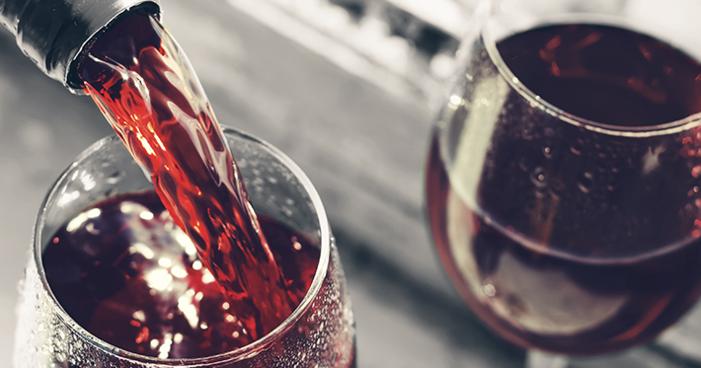 Etiqueta do vinho: 9 dicas para servir corretamente