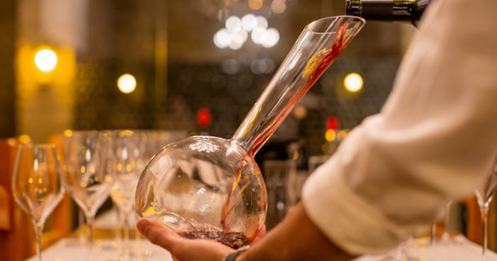 """Você sabe o que é """"respiração do vinho""""?"""