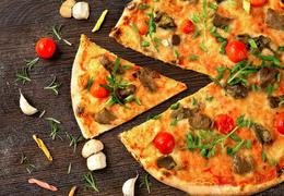 Pizza para todos os gostos: aprenda a fazer em casa e harmonize com Verde Louro