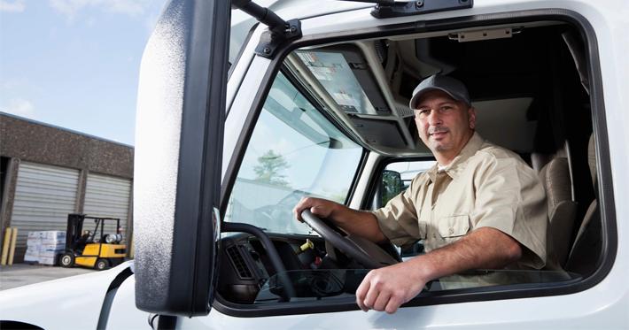 Profissão caminhoneiro: a importância desses profissionais para economia brasileira