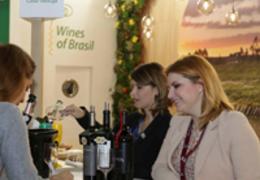 Grupo Famiglia Valduga marca presença na principal feira de vinhos do mundo
