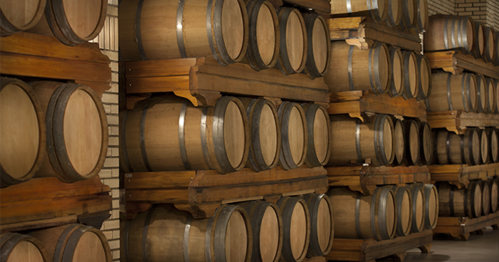 Vinhos e barricas: 8 curiosidades que farão a diferença na escolha da próxima garrafa