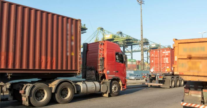 Conheça o perfil do caminhoneiro no Brasil