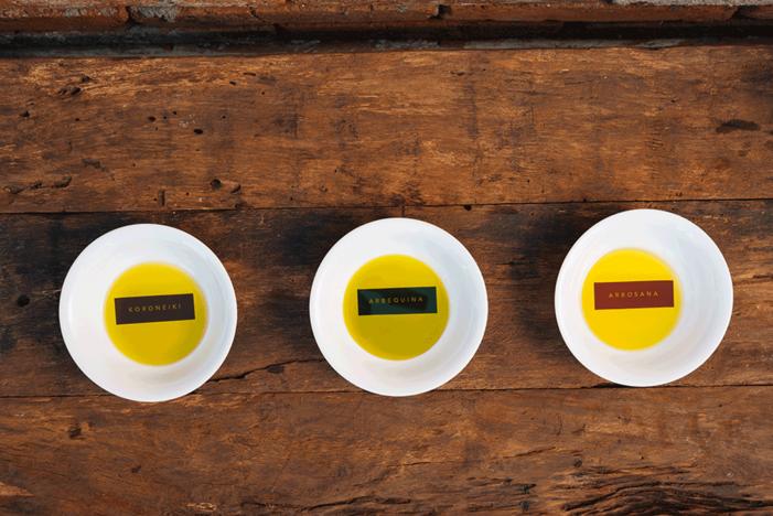 Análise dos azeites de oliva extra virgem, saiba como funciona e quais são os parâmetros internacionais.