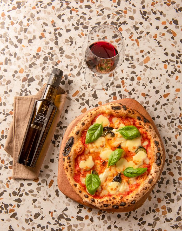Conheça 3 maneiras de utilizar azeite de oliva na pizza