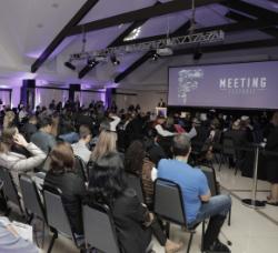MEETING 250X228.jpg
