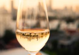 Entenda o que é um vinho natural e quais são as suas particularidades