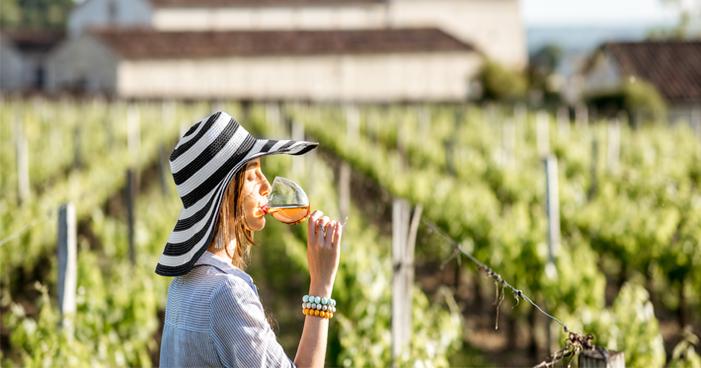 Vinho frisante: entenda o que é e como harmonizá-lo corretamente