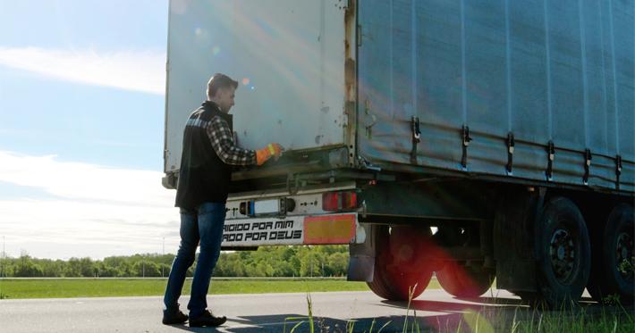 Quais são as melhores frases de para-choque de caminhão?